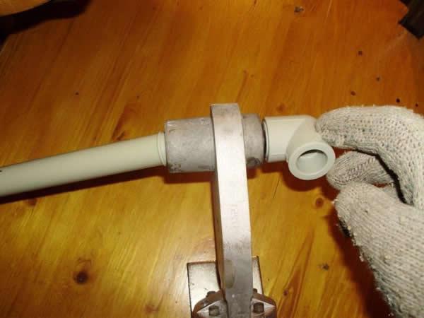 Установить пластиковые трубы своими руками